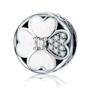 Szerencsevirág fehér Cirkónia köves Szív alakú levéllel S925 ezüst Charm